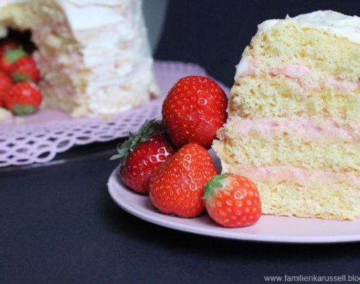 Erdbeer Herz – Vanille Buttercreme zwischen fluffigem Biskuit