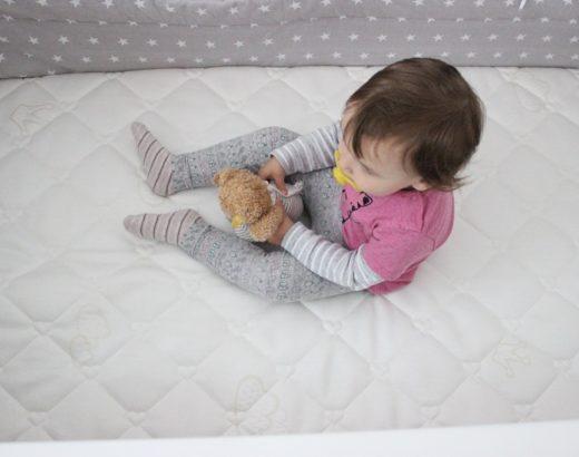 Schlaf schön Baby – Lias neue Matratze
