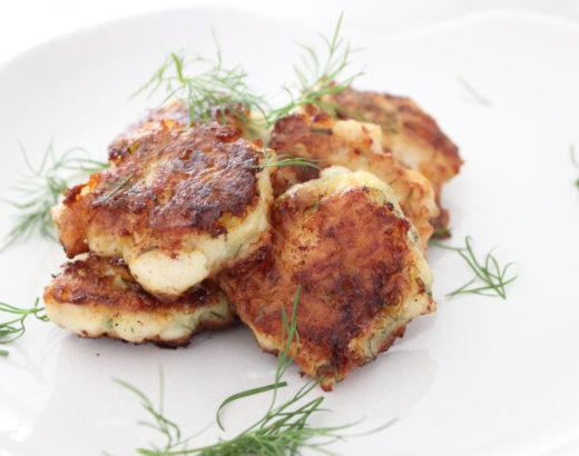 Essen für Kinder – Chicken Nuggets mit Dill und Mozzarella